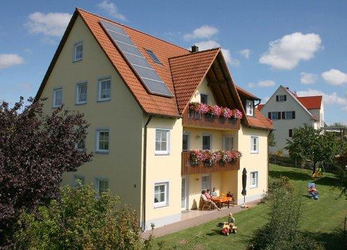Ferienhof Hausmann Ferienwohnungen oberhalb des Brombachsees  Franken