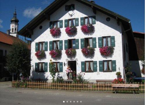 Barrierefreie Ferienwohnung auf dem Lochbihlerhof in Wertach im Allgäu