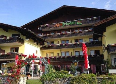 Romantikchalet und 4 Sterne Hotel in Ramsau am Dachstein