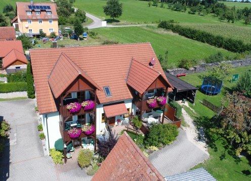 Ferienhaus Börschlein - Wohlfühlwohnungen im Fränkischen Seenland